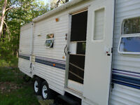 31 ft. Travel trailer / 14 ft tip out