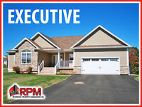 Gorgeous, Furnished EXECUTIVE Home - Sought-After KINLOCK CREEK