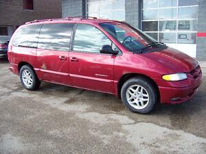 1998 Dodge Grand Caravan!