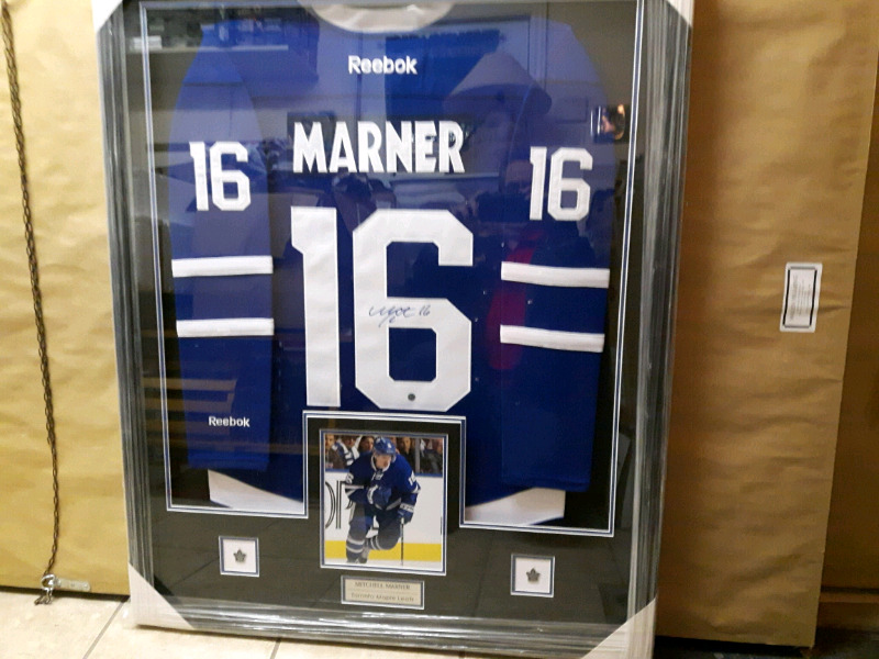 brand new b9391 86b0f Mitch marner professional framed signed maple leaf jersey | Arts &  Collectibles | Cornwall | Kijiji