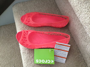 Women's Isabella Coral Crocs - Brand New! - Size 7