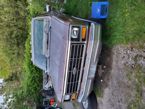 1981 Ford F150 Pickup   *AMAZING SHAPE*
