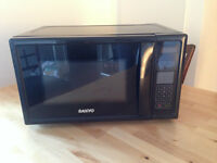 Black small Sanyo microwave oven - Downtown
