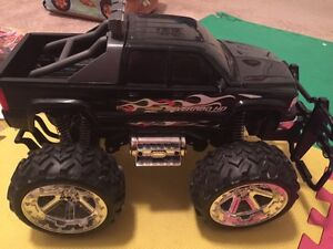 Kids electronic car with remote control