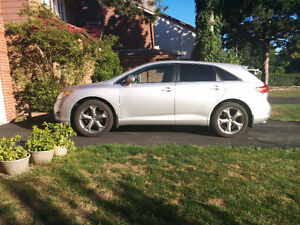 2010 Toyota Venza 3.5L V6 SUV, AWD (priced to sell)