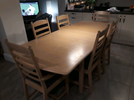 Limed Oak Dineing Room Table & Chairs
