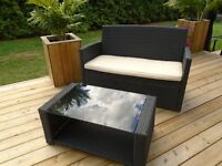 GORGEOUS RESIN WICKER COFFEE TABLE *** CAN DELIVER
