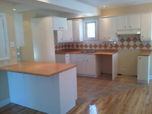 POINTE CLAIRE , 3 bedroom, renovared, clean West Island Greater Montréal image 2