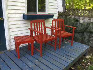 Wood garden chairs andtable