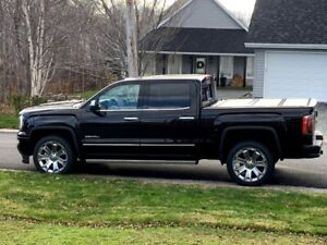 2018 GMC Denali Ultimate Edition **5 Months old 7000KM**