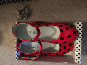 Brand new in box Girls Flamenco shoes from Spain - size 32