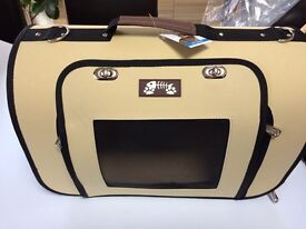 PET Travel Carrier Crate BNWTCat Small Dog Rabbit Folds Down Removable Cushion