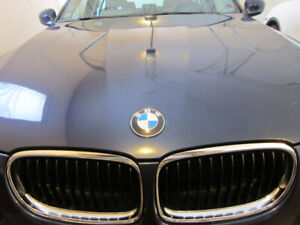 2011 BMW  328i xDrive**AWD** COMES WITH 4  WINTER TIRES**
