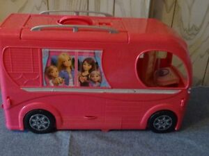 Mattel Caravane de Luxe Barbie Duplex Meubles Incorporés