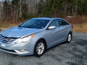 2011 Hyundai Sonata GLS...ONE OWNER..SHOWROOM COND..LOW KLMS