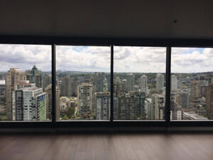 $2,949/ 2br Breathtaking View! Prime location!