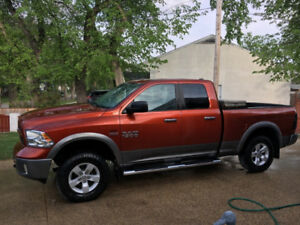 2013 Ram 1500 Outdoorsman edition 5.7 Hemi Crew Cab