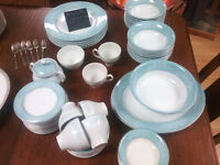 W.H. Grindley & Co. China Set, Beautiful set at unbeatable price