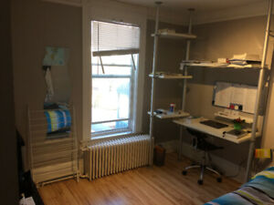 Fully furnished room May 1, less than 5 min from Dal -$700/m