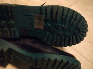 rain boots,ankle boots dark green ,size 5.5  good condition ,