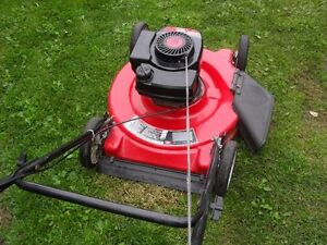 """MTD 22"" Lawnmower 3.8 hp tecumseh"