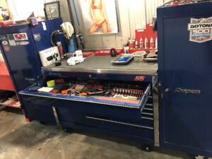 Blue snap on toolbox with side pieces stainless top $4900 takes