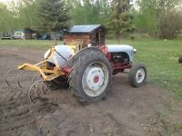 Excellent yard tractor for an acreage