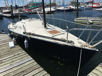 Deal of a Lifetime, Northstar 727 with all the fixings! Sailboat