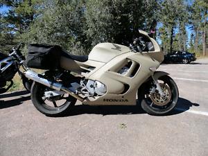 1995 CBR 600