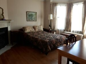 Walk to universities and downtown, furnished room