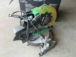 Hitachi 10-in 15-Amp Bevel Compound Miter Saw Laser machine Kitchener / Waterloo Kitchener Area image 1