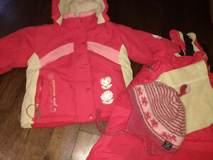 3T snowsuit in great condition