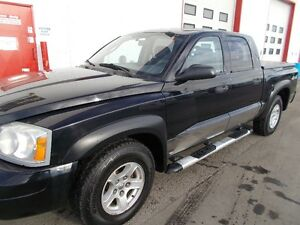 2006 Dodge Dakota SLT 4x4 Quad Cab Pickup Truck