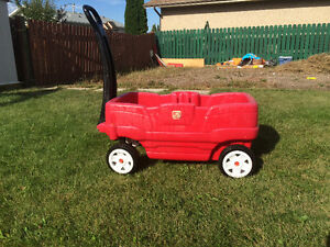 Step 2 red plastic wagon