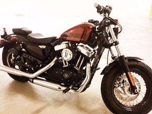Harley Davidson 48 -Almost Brand new