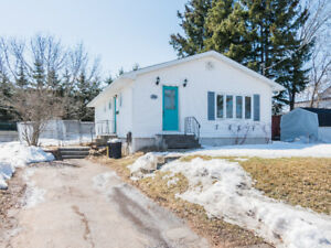 Great starter home near Hospital and bus route.