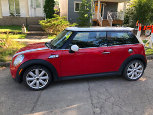 2012 Mini Cooper S (sports package)