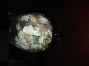 LARGE BRANDY SNIFTER GLASS WITH SEA SHELLS
