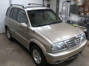 2004 Suzuki Grand Vitara 4X4 SUV,  Flat Tow Ready, Loaded