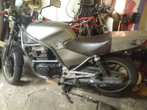 1988 CB450s with parts bike. London Ontario image 10