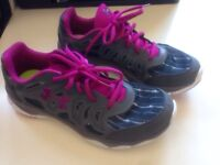 Under armour size 8.5 women's runners