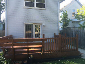 Very Peaceful Residential 2 free parking spot,5min to DOWNTOWN London Ontario image 4