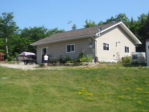 Home perfect for family or retired couple, Manitoulin Island London Ontario image 9