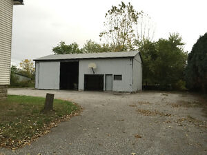 LASALLE - 8 ACRES WITH HOUSE AND POLE BARN Windsor Region Ontario image 6