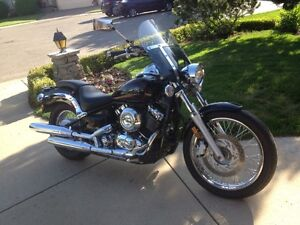 REDUCED! MUST SELL! 2011 Yamaha VStar 650 cc in MINT CONDITION