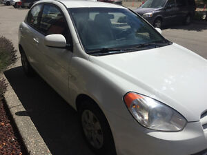 2010 Hyundai Accent SE Coupe (2 door)