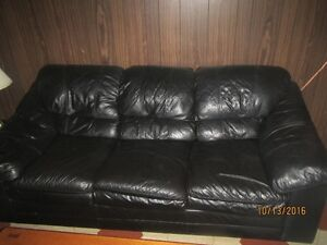 great shape black leather couch and loveseat