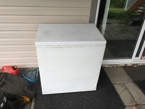 MOVING SALE Good condition Deep Freezer