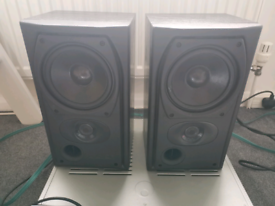 Mission 731i bookshelf speakers