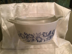 Vintage Pyrex Colonial Mist Covered Casserole 474B